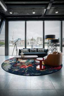 Floor lamps we love: Construction lamp showroom