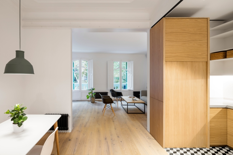 EO arquitectura - Alan's apartment renovation: view of the living room