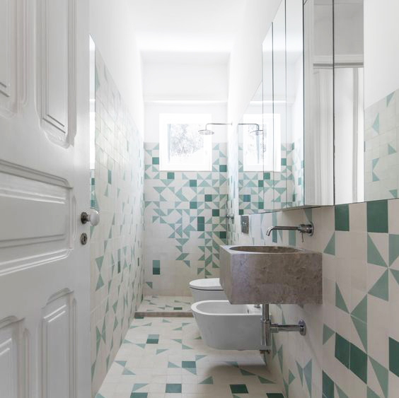 How to remodel a bathroom: Pedro Segurado Quintino Rogado + Sofia Saraiva - Apartment in Bairro das Colónias