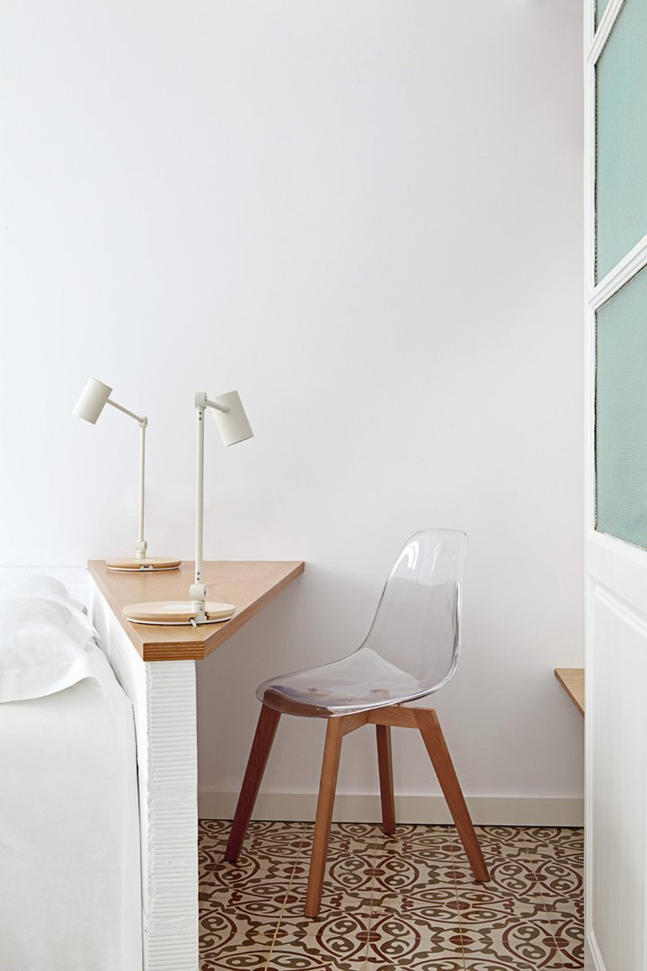 Interior lighting | task light | IKEA desk lamp | workspace | MIEL Arquitectos - Piso Pere IV