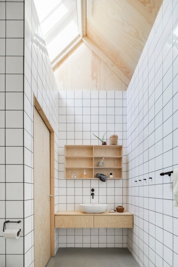3 signs you might hate your apartment: Förstberg Ling - House for Mother