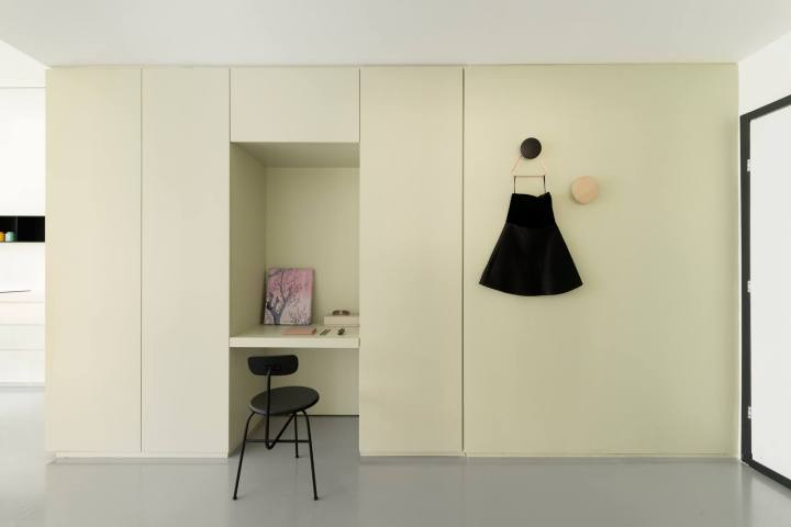 fitted furniture | fitted storage | closet | wardrobe |work niche | Maayan Zusman & Amir Navon + mentored design graduate Eilat Dar - Airy and Open apartment, Tel Aviv