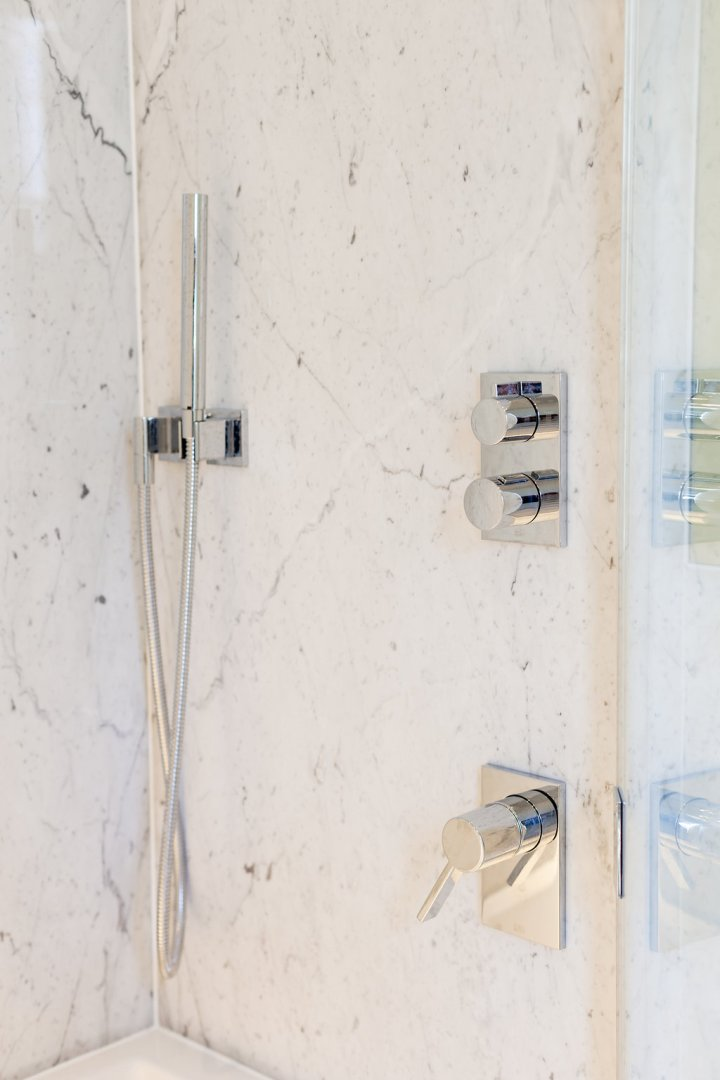Stone finishes texture | marble in bathroom