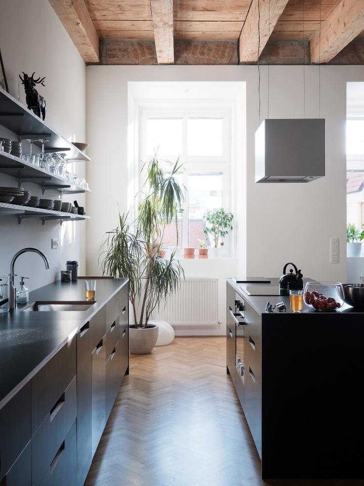 Home inspiration   black kitchen   open shelves   hardwood floor