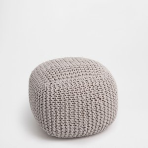 Tips and tricks for perfect bedroom: ZARA HOME GREY PLAITED POUFF | upgradesign