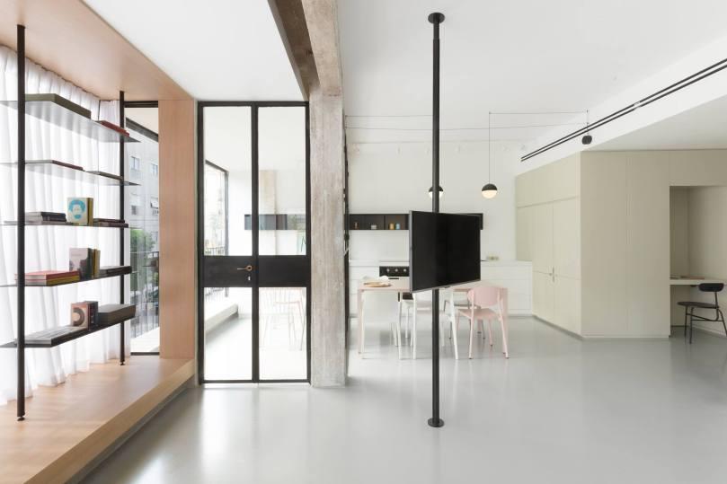 7 reasons why you should hire an architect: Maayan Zusman & Amir Navon + mentored design graduate Eilat Dar - Airy and Open apartment, Tel Aviv