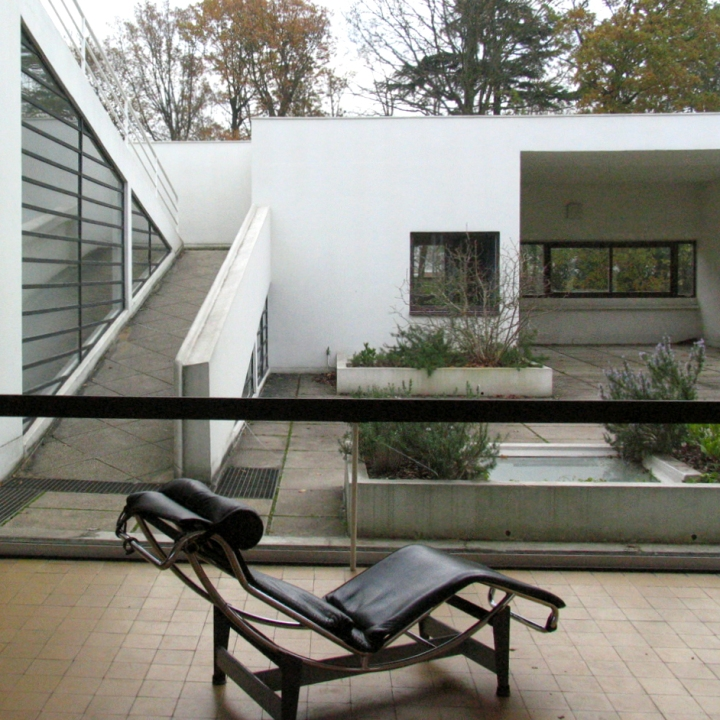 Why simple will always be trendy: Le Corbusier - Villa Savoye