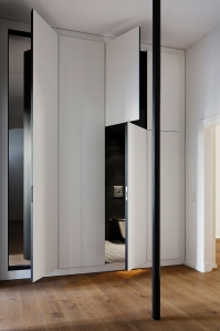 Malte Wittenberg and Studio BLB redesigned 19th century apartment into an art space with both private and public use: Malte Wittenberg Architektur + Studio BLB - Art Apart