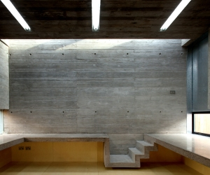 Urban agency / Architecture Republic - Formwork artist studio Dublin concrete interior