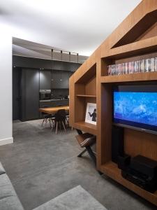 BLAARCHITETTURA- Portland / Beppe Giardino photography / concrete element / apartment remodel