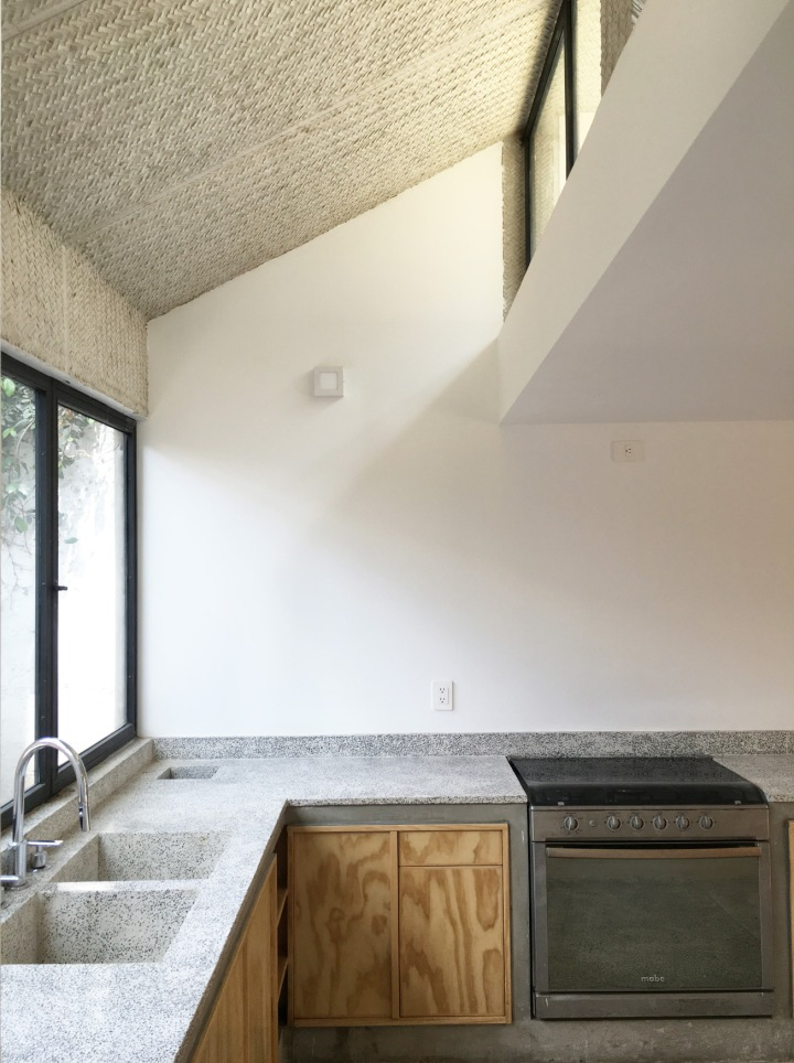 CampoTaller - Casa S E L | kitchen | concree worktop