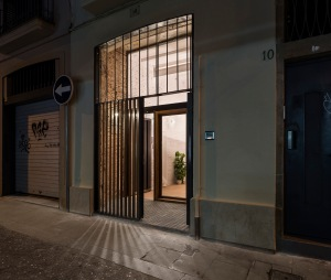 Räs studio - apartment renovation la Diana - entrance space