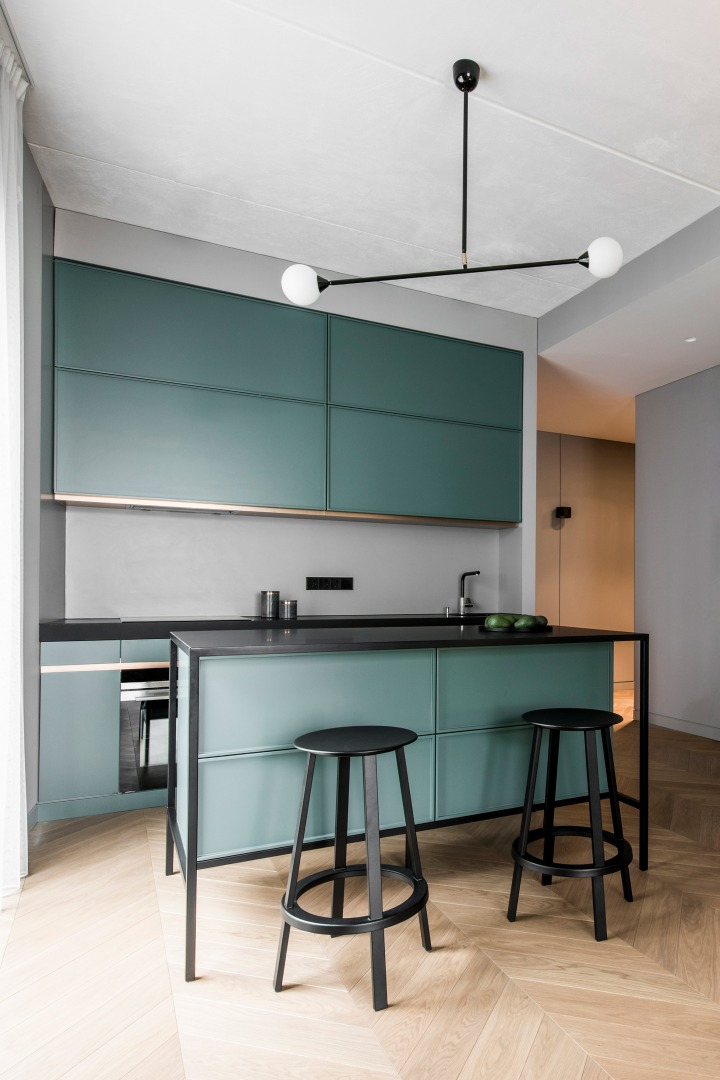 kitchen |green kitchen | kitchen island | minimalistic kitchen | AKTA studio – Apartment in Basanavičius st.