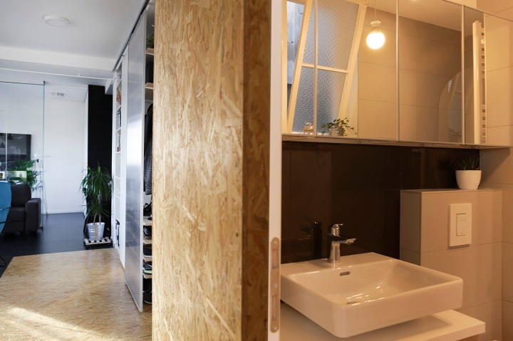 Apartment remodel in Zagreb | bathroom | OSB walls
