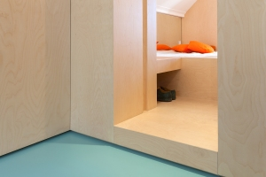 Bureau Fraai – Amsterdam urban loft | plywood | birch plywood | plywood in interior