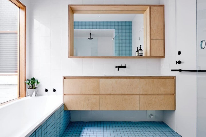 Dan Gayfer Design - High House | colour tiles | colorful bathroom | clean bathroom