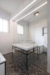 IFUB - Apartment S   new bathroom   terrazzo floor   black and white bathroom   mirror wall