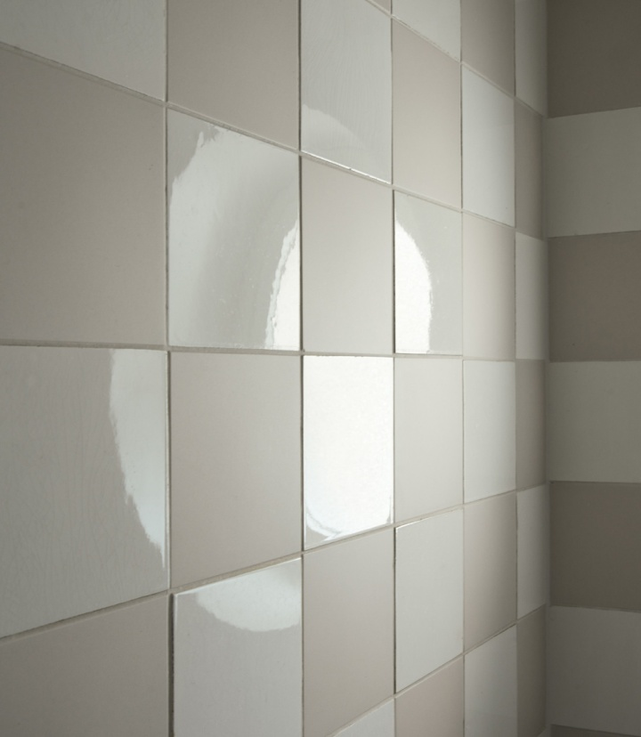IFUB - Apartment S | new shower bath | checker board tiles