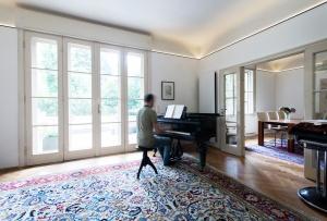 IFUB - Apartment S   living room   piano
