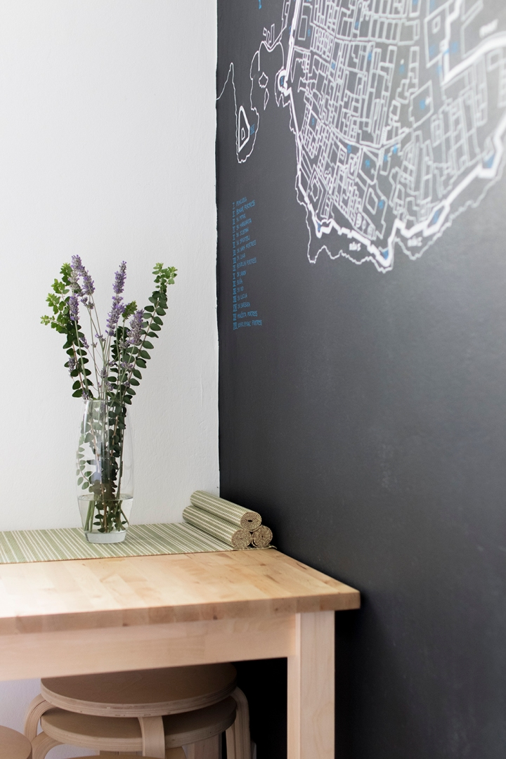 Apartment for daily rent   interior design   kitchen   dining space   chalkboard wall   neutral palette