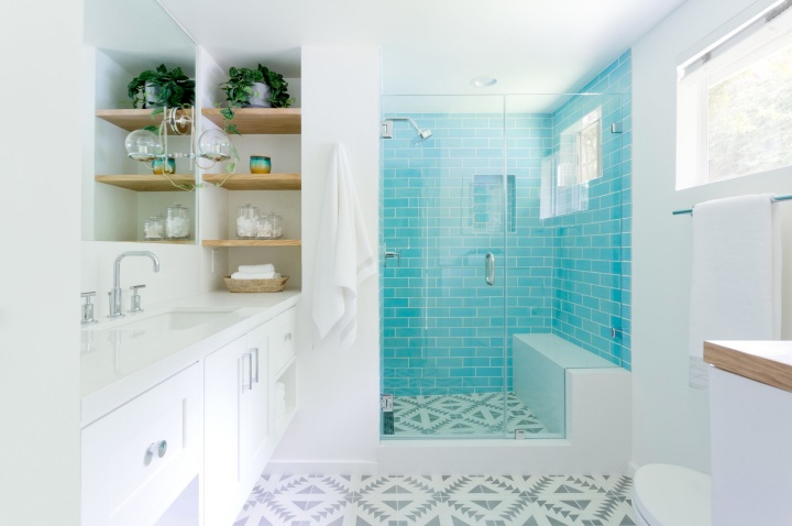 3x8-Subway-Tile-12W-Blue-Bell-installed-1