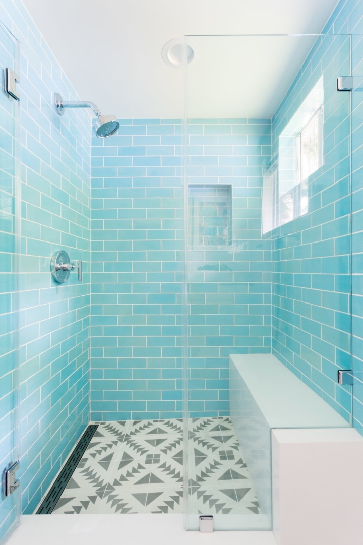 3x8-Subway-Tile-12W-Blue-Bell-installed-2