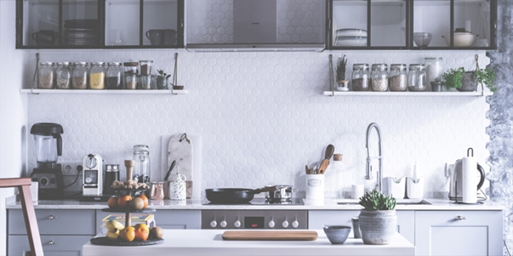 Welcome to an inspiring kitchen and dining space of our favourite gastroblogger