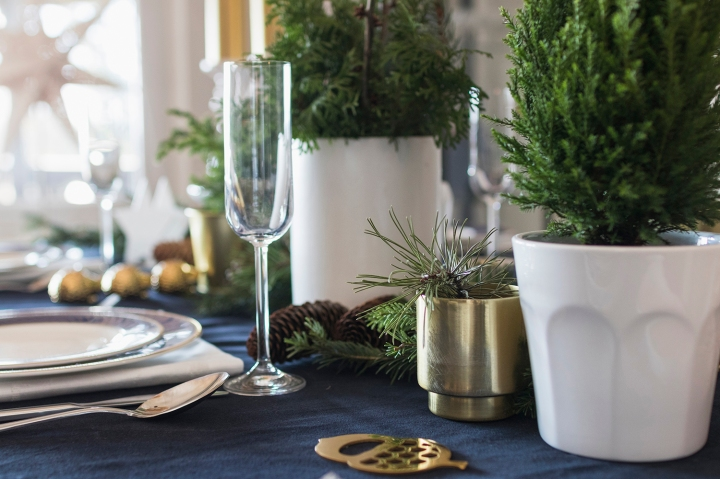 CHRISTMAS TABLES 2018_09