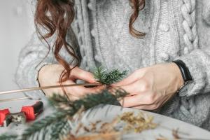 christmas   christmas wreath   diy   christmas decorations