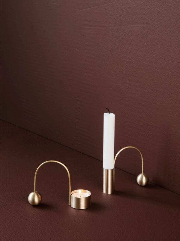 ferm living_Balance Tealight Holder - Black Brass