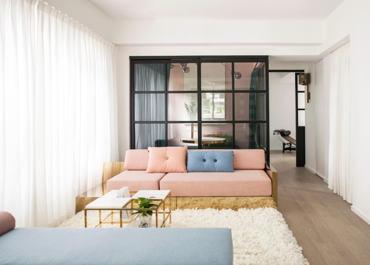 apartment | glass | glass divider | modern interior | colorful interior