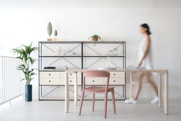 Studio Autori | Gir | Metal Frame Rack | furniture | shelving unit | open shelves
